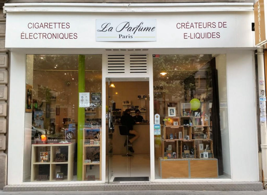 La Parfume, Magasin franchisé de e-cigarette à Paris